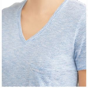 Time & Tru Blue Striped v neck t shirt Large L